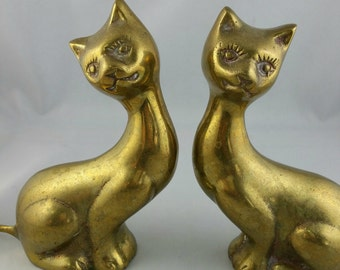 Vintage Brass Cats Figurine, Set Of Two Solid Brass Cats, Vintage Brass Decor, Cat Lover's Gift