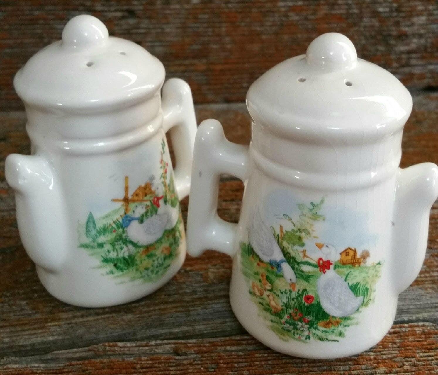 Vintage Ceramic Salt And Pepper Shakers Robroy Ceramic Salt