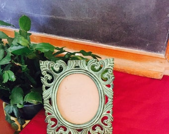 Vintage Oval Metal Picture Frame Turquoise Green  Rustic Fetco, 1984