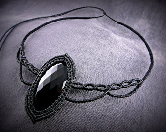 Macrame Necklace with a Faceted Onyx Cabochon. Black short necklace. Classy, ideal in the evening for a glamourous look.