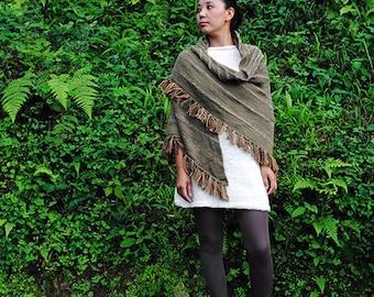 Green Triangular shawl