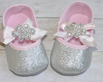 Silver Baby shoes Wedding girl shoes Baby shoes Soft crib shoes Baptism Baby girl infant slippers Christening girl shoes