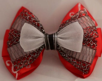 Queen Of Shadows Inspired Bow