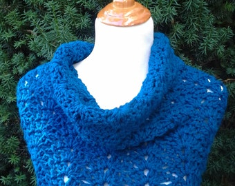 Crochet cowl, crochet lace cowl, soft crocheted cowl, circle scarf, snood, infinity scarf - THE SHELSEA cowl