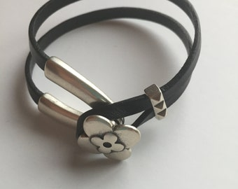 Handmade black leather bracelet