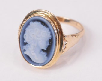 Vintage 14K Yellow GOLD Ring with Chalcedony CAMEO (5.2g)