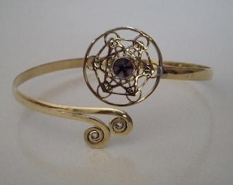 A Brass Arm Band / Upper Arm cuff Brass Armlet / Brass Armlet / Amethyst Armlet / Tribal Armlet / Gypsy Armlet Armband / One Pecs.