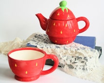 Ceramic Teapot - Tea Pot Set - Tea Pot For One - Strawberry Teapot - Pottery Tea For One - Housewarming Gift - Strawberries - Kitchen decor