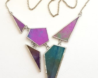 Handmade necklace in iridescent green and purple glass-geometric-design-articulated