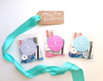 Set of 3 Emergency Kits for Bridesmaids & Groomsmen - Refresh and Recover Wedding Favors - Groomsmen Hangover Kit - Wedding Gifts and Favour
