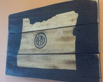 Pallet map etsy for Reclaimed wood bend oregon