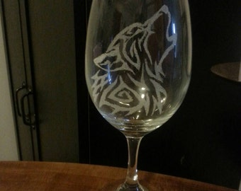Hand etched wolf wine glass