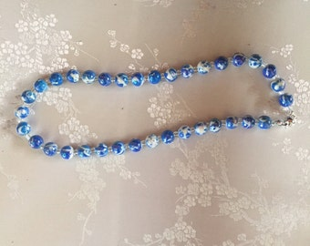 5541 Glass Cloisonne-like Bead Necklace - Blue and White