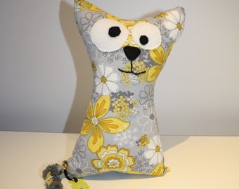 "Very large cotton fabric cat to flowers 11 ""x 6 1/2"" / Very big cat flowers cotton fabric 28 cm x 17 cm"