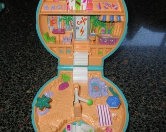 Vintage Polly Pocket Cafe and Surf Shop 1989 Bluebird Toys
