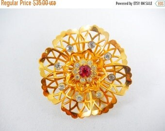 Vintage 1950s Coro Goldtone Lace Flower Brooch with Crystals