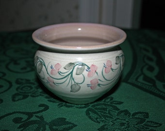 Vintage Dezeinway Stoneware Pottery Bowl Hand Made and Hand Painted by Linda M. Johnson New Hampshire Artist