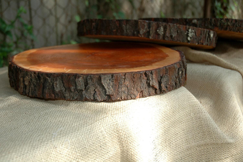 Wood slabs wedding centerpiece cake by