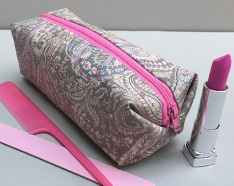 Liberty Print Make-Up Bag/ Cosmetic pouch/ Liberty Print Felix & Isabelle/ Bridesmaid Gift/ Bridesmaid accessory