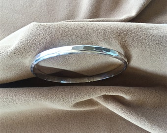 Vintage Artisan Patterned Silver Bangle Bracelet