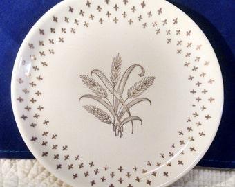 Homer Laughlin Golden Wheat Plates ~ Group of 4  Desserty Plates ~ Fleur De Lis Pattern
