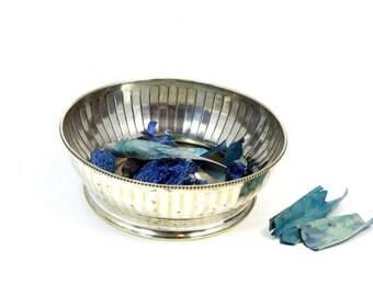 Silver bowl - Antique silver bowl - Vintage silver plated bowl - Silver-plated bowl - Silver plated ornate bowl - Art Deco bowl.