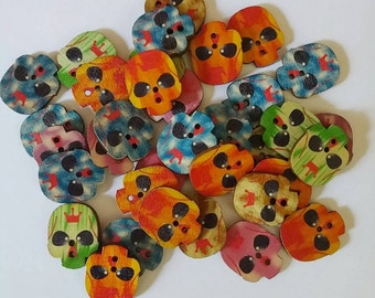 Large Wooden Painted Skull Buttons x 10