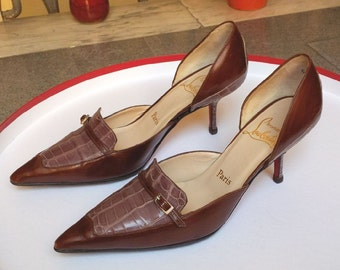 SUPER SALE! Free Shipping Vintage Christian LOUBOUTIN Leather Kitten Heel Court Shoes Pumps  Designer Shoes Rare Vintage Shoes Gift for Her