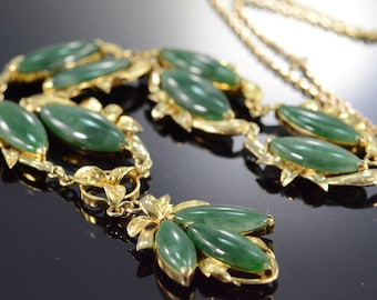 "14K Vintage Jade Floral Motif Necklace 17.25"" Yellow Gold"