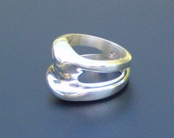 Solid Sterling Silver Ring Size 8