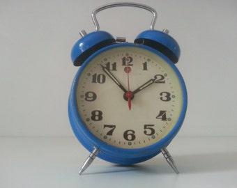 Alarm clock vintage / vintage alarm clock string