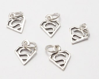 Free Shipping 2 pieces - Tiny Superman - Superwoman, Super Hero, Comic, Sterling Silver 925 Charms Pendants, Jewelry supplies - MI.22/C11