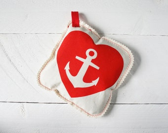 Lavender pillow anchor heart, Red