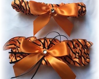 Orange and Black Halloween Gothic Wedding Bridal Garter Set, Gothic Garter Set, Orange Bridal Garter, Halloween Bridal Garter
