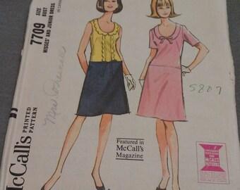 McCall's Pattern no. 7709 Size 14