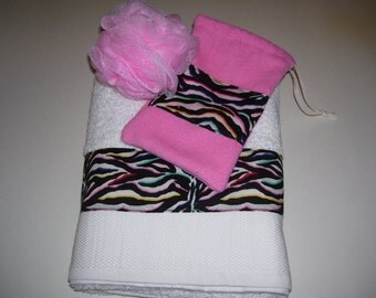 GIFT SET TOWELS -  zebra bath towel . for a birthday gifts - valentine gifts.