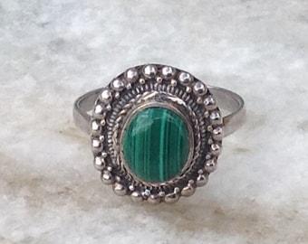 Malachite Ring,Sterling Silver Malachite Ring,Vintage Malachite Ring, Silver Malachite Ring, Oval Malachite Ring, Silver And Green Malachite