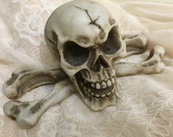 REDUCED - Skull TeaLight Candle Holder