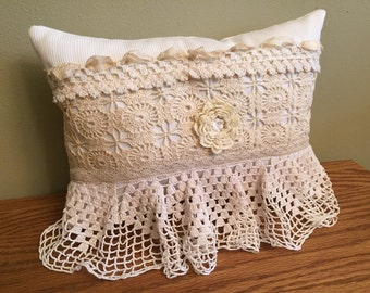 13-10-15 Ivory Vintage Pillow