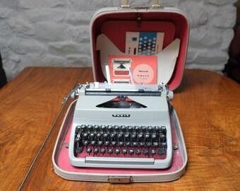 Facit TP1 Manual Typewriter