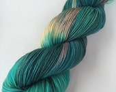 """SANDIA 4 oz/434 yds - hand dyed fine fingering sock weight yarn, colorway """"Between Yoshi and the Dude"""""""