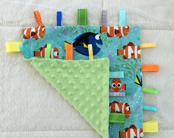 Dory and Friends Tag Blanket