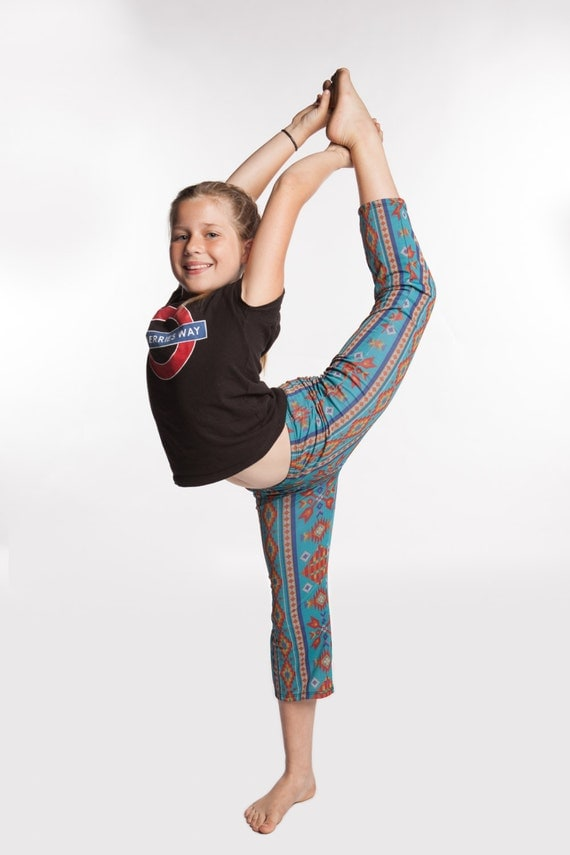 Girls Yoga Pants Aztec print in 4 way stretch with moisture