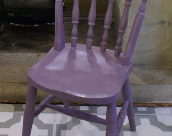 Hand painted spindle back farmhouse chairs in lilac - Annie Sloan Emile (custom colours available)