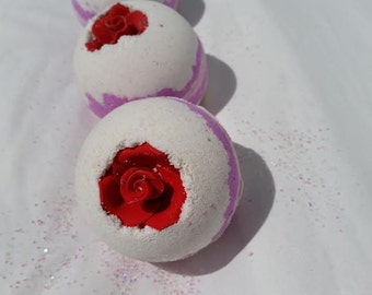 Juicy Kisses Bath Bomb Fizzy Bath Bomb Moisturizing Bath Bomb