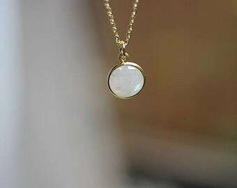 Moonstone Jewelry - Gold filled moonstone necklace - Round Moonstone necklace - Gift for Her - Bridesmaid gift