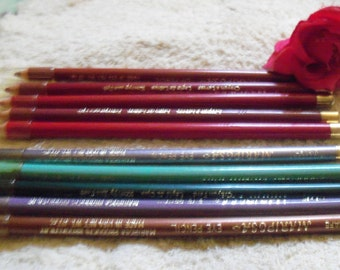 Mixed Lot of 8 Lip Liner Pencils 8 Pcs. Pink - Red Hues By Mariposa Products