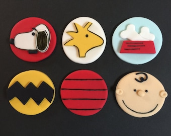 12 Peanuts Charlie Brown Cupcake Toppers-Fondant
