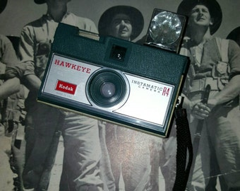 Vintage KODAK Hawkeye instamatic R4