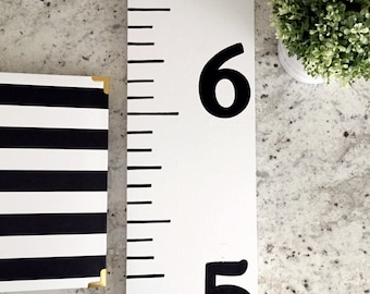 Growth Chart Ruler    Black and White   